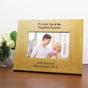 Personalised Oak Finish 6x4 Landscape Photo Frame - Long Message