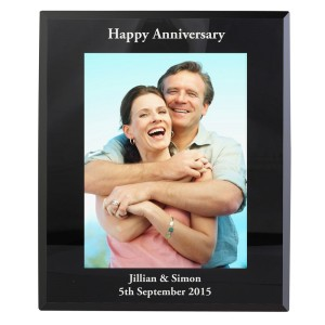 Personalised 7x5 Black Glass Photo Frame