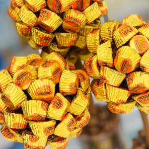 Personalised Reese's Peanut Butter Cup Sweet Tree - 25cm